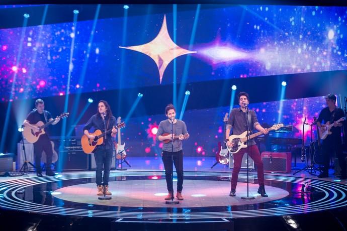 """Pagan John se classificou para o Top 12 com a apresentação da música """"Inesperado"""" (Foto: Globo/Fabiano Battaglin)"""