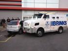 Tentativa de roubo a carro-forte deixa 3 pessoas feridas na região de Curitiba