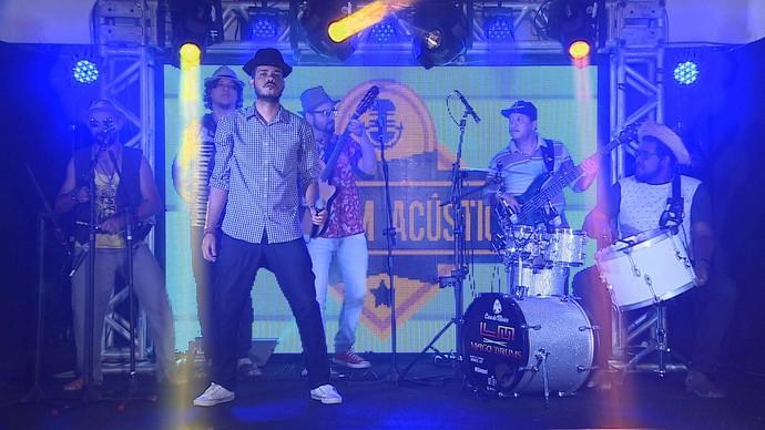 Os Pé de Cana sobem ao palco do 'Garagem Acústica' com novidade (Foto: TV Sergipe)