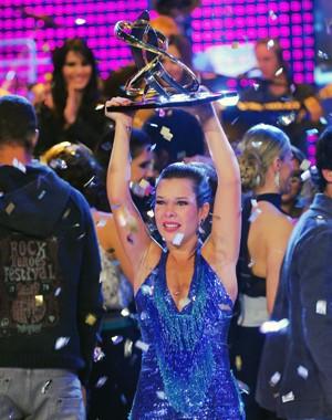 Fernanda Souza vence o Dança 2010 (Foto: Zé Paulo Cardeal / TV Globo)