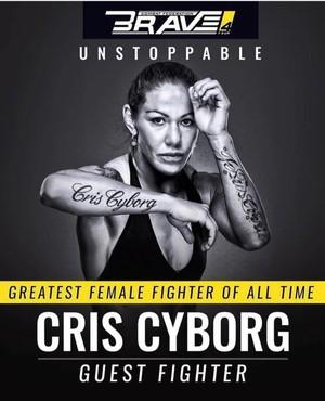 Cris Cyborg no Brave 4 (Foto: Reprodução / Twitter)