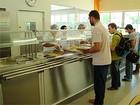 Alunos passam mal e Vigilância interdita restaurante da UFBA