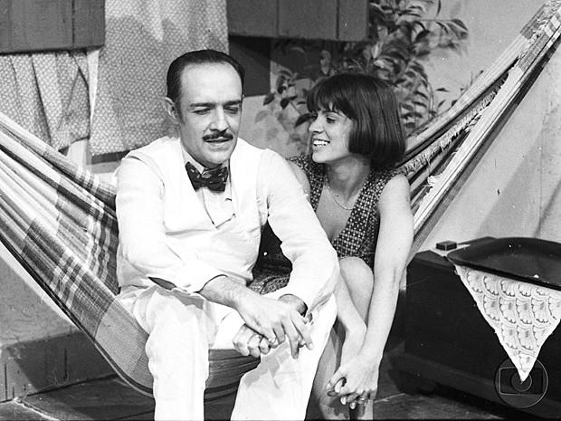 Pouco depois, na novela Rabo de Saia com Ney Latorraca (Foto: Cedoc / TV Globo)