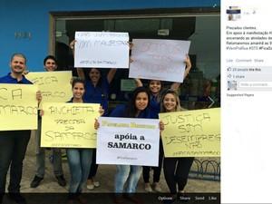 Comerciantes fecharam loja mais cedo para participar de protesto (Foto: Reprodução/ Facebook)