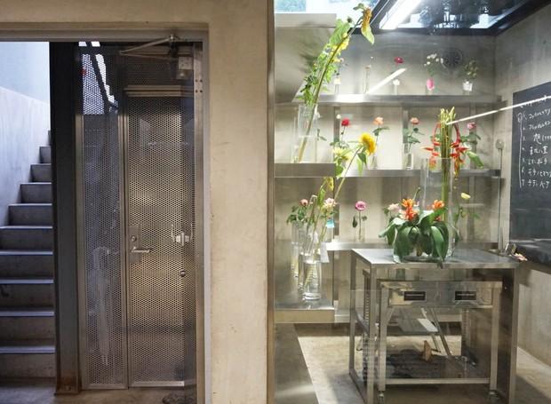 escritorio-do-artista-floral-azuma-makoto-em-toquio-japao (1).jpg (Foto: Our Own Way/Divulgação)