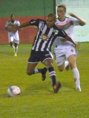 Atlético-ES goleia o Rio Branco VN em amistoso no estádio Olímpio Perim (Foto: Karen Porto/CA Itapemirim)