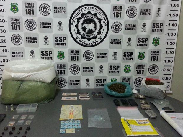 Polícia Civil realiza maior apreensão de drogas sintéticas em SergipePolícia Civil realiza maior apreensão de drogas sintéticas em Sergipe