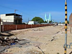 Obras de reforma e ampliação iniciaram em junho de 2015 (Foto: Adneison Severiano/G1 AM)