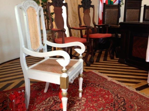 Cadeira Jubiabá (Foto: Juliana Almirante/G1)