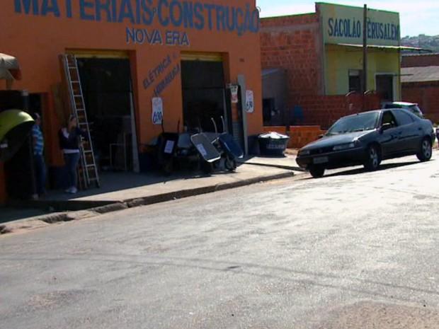 Bairro Antenor Garcia conta hoje com vários estabelecimentos comerciais (Foto: Reprodução/EPTV)