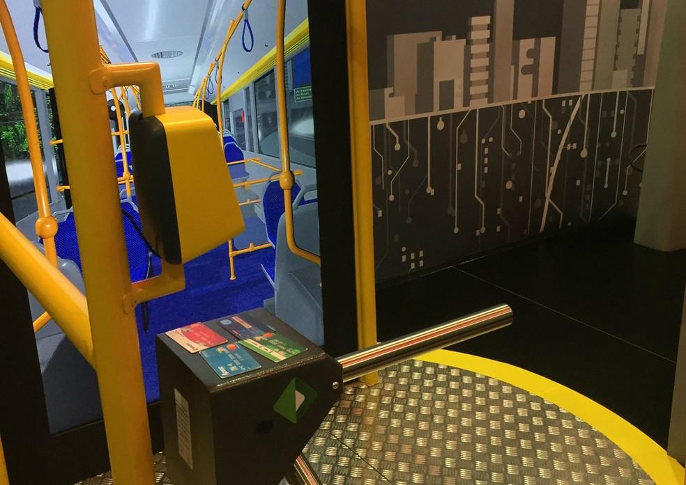 Protótipo de catraca de ônibus que aceita cartões de crédito, da MasterCard (Foto: Divulgação/MasterCard)