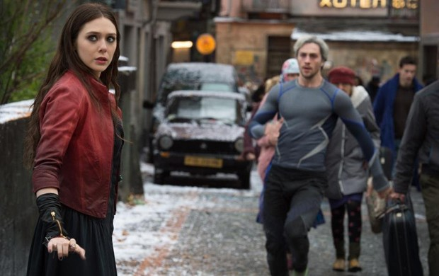 Wanda Maximoff (esq.), a Feiticeira Escarlate das HQs, é principal personagem inédito de 'Vingadores: Era de Ultron' (Foto: Divulgação)