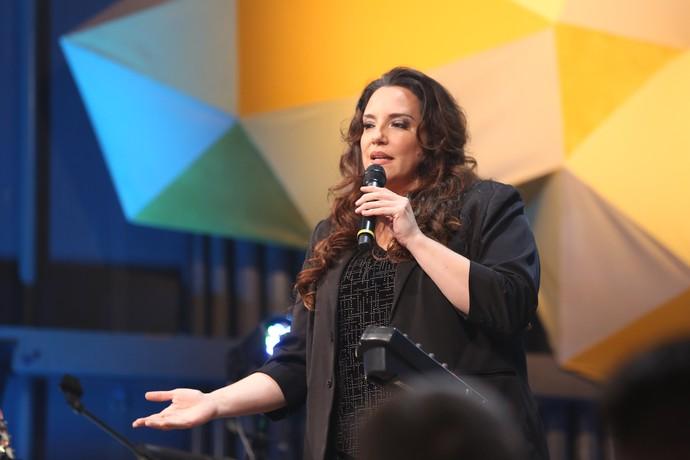Ana Carolina faz apelo às mulheres (Foto: Carol Caminha/Gshow)