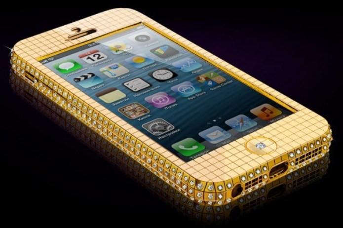 Superstar Ice iPhone 5S  é todo em outro e cravejado com pedras preciosas (Foto: Reprodução/Phone Arena)