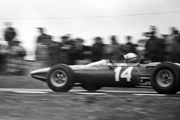 Pedro Rodriguez em ação na Fórmula 1 em 1965 (Foto: Getty Images)