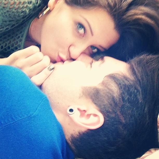 Andressa dá beijinho em Nasser (Foto: Reprodução_Instagram)