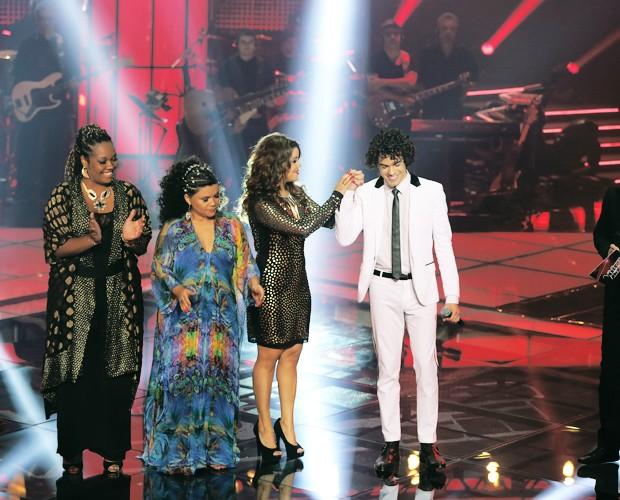 Público escolhe Sam Alves, e Claudia Leitte salva Gabby Moura (Foto: Isabella Pinheiro/The Voice Brasil)