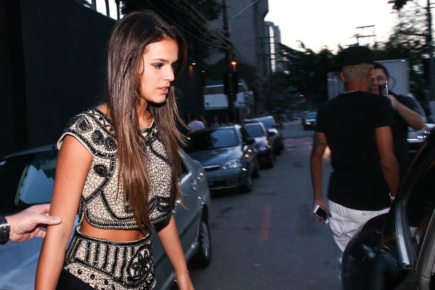 Bruna Marquezine deixa boate com Neymar (Foto: Manuela Scarpa/Foto Rio News)