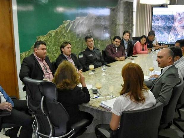 Governo do RN define medidas emergenciais para resolver crise na Penitenciária de Alcaçuz (Foto: Divulgação/Gabinete Civil do RN)