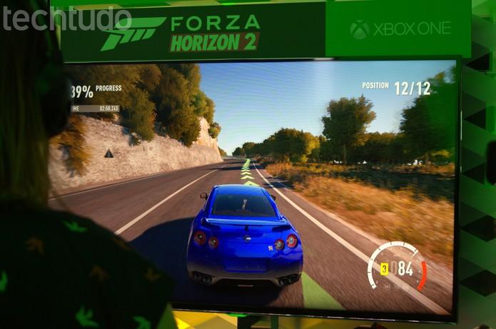 Forza Horizon 2 traz diversos carros e gráficos impressionantes para o Xbox One (Foto: Monique Mansur/ TechTudo)