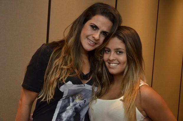 Danielle Favatto, ex de Romário, com a filha Dani (Foto: Roberto Teixeira/EGO)
