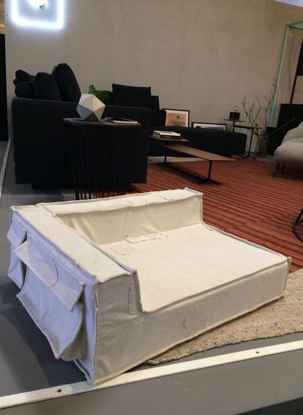 A Cama C11 Pet, do designer Marcus Ferreira, é uma versao do sofá C11 para a nova linha da Carbono desenvolvida para os bichinhos de estimação (Foto: Casa e Jardim)