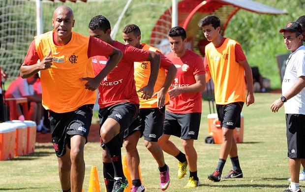 Alex Silva no treino do Flamengo (Foto: Alexandre Vidal / Fla Imagem)