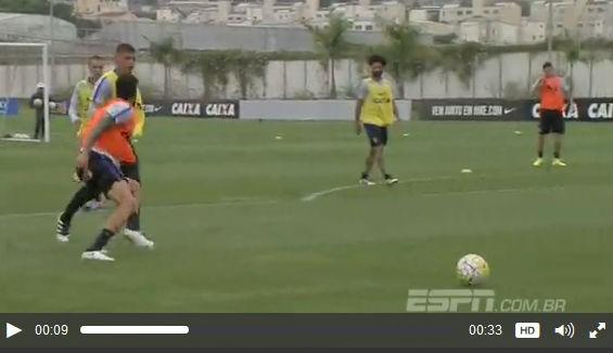 Vilson acerta soco em Marciel no treino do Corinthians (Foto: reprodução / ESPN Brasil)