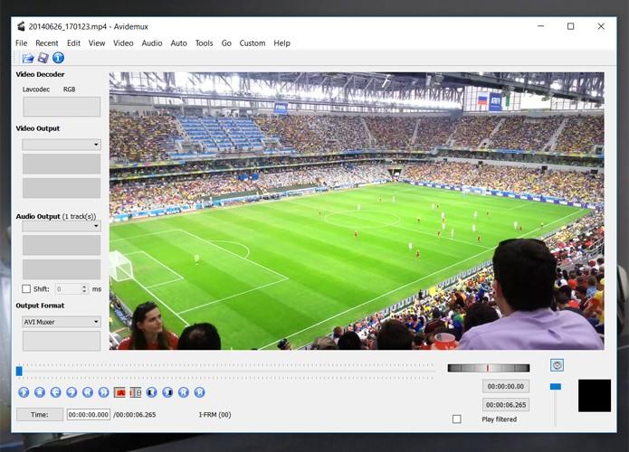Avidemux é um editor simples e com bons recursos, mas com interface desafiadora (Foto: Reprodução/Filipe Garrett)