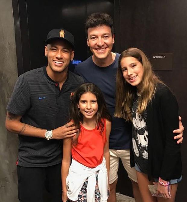 Neymar com Rodrigo Faro e as filhas (Foto: Reprodução/Instagram)