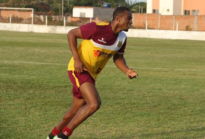Zagueiro Luíz Otávio volta ao Sampaio depois de lesão muscular (Foto: Elias Auê/ Sampaio Corrêa)
