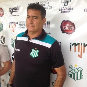 Paulo Cezar Catanoce, técnico, Uberlândia Esporte (Foto: Gullit Castro)