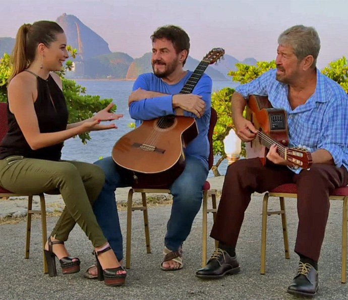 Marcela Monteiro entrevista dupla Antonio Carlos e Jocafi (Foto: TV Globo)