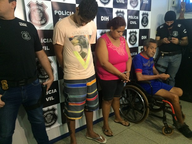 Familiares foram presos suspeitos de planejar e matar vendedor, em Goiás (Foto: Murillo Velasco/G1)