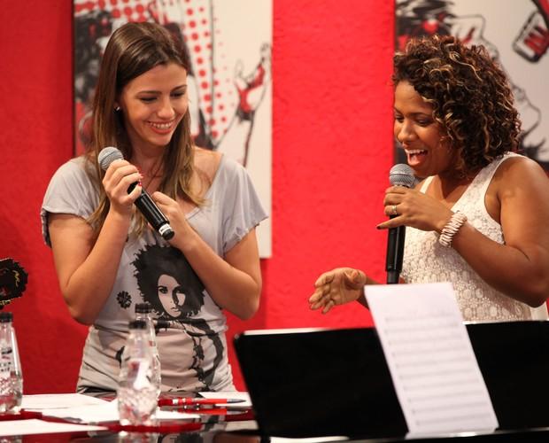 1o ensaio Thalita Pertuzatti e Juliana Gomes (Foto: The Voice Brasil / TV Globo)