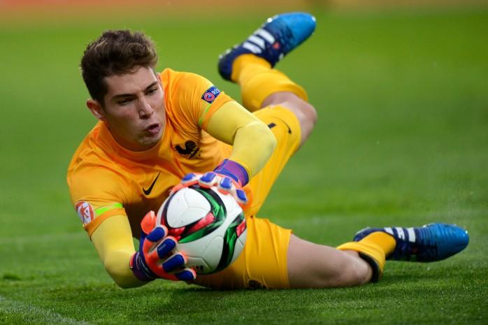Luca Zidane pega três pênaltis e decide para a França Sub-17