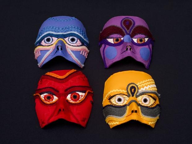 Máscaras do projeto 'Precisamos falar do assédio' (Foto: Francisco Orlandi Neto/Divulgação)