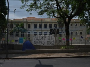 Ocupação na Escola Estadual Carlos Gomes em Campinas (SP) (Foto: Marina Ortiz/ G1)