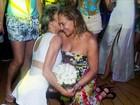 Após casamento do filho, Susana Vieira se acaba de dançar em festa