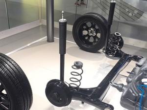 O peso adicional de carro blindado diminui a vida útil de amortecedores e molas
