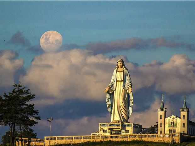 Nossa Senhora das Graças em Bom Repouso, MG (Foto: Jussan Lima / VC no G1)