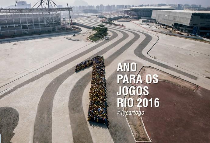 Trabalhadores do Parque Olímpico - 1 ano para Olimpíadas (Foto: Renato Sette Camara/Prefeitura do Rio)