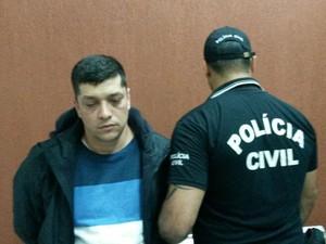 Prisão ocorreu em Ciudad del Este, no Paraguai (Foto: Polícia Civil/Divulgação)