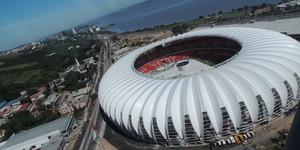Pai leva filho para voo sobre o novo Beira-Rio: 'Inesquecível' (Rafaella Fraga/GloboEsporte.com)