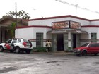 Trio rouba R$ 1,7 mil de padaria e dois são presos pela PM em São Carlos