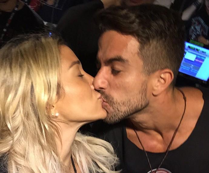 É o amor! Pugliesi compartilha com Gshow momento romântico (Foto: Arquivo Pessoal)