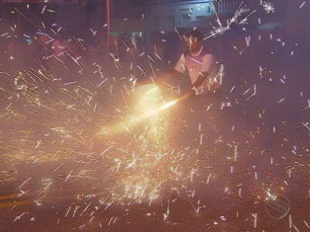 Bombas e fogos de artifício (Foto: Reprodução/TV Sergipe)