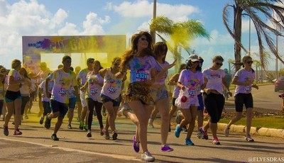 """Corrida """"Run or Dye"""" - edição João Pessoa/PB (Foto: Ely Esdras)"""