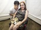 Justin Bieber recebe fã cadeirante em camarim de show no Rio