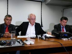 O ministro do Trabalho, Manoel Dias, fala em Florianópolis sobre a criação de empregos (Foto: Cristiano Anunciação/G1)